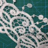 Acessórios do vestuário do colar do laço do bordado dos Tassels da flor de matéria têxtil da tela de algodão da forma