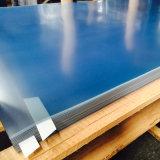 Прочный прозрачный лист из ПВХ используется для производства строительных материалов