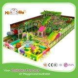 Cour de jeu d'intérieur de modèle neuf commercial de thème de jungle avec de grandes glissières