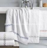 ホテルの表面タオルのサイズ35X75cm 150gの表面タオルの100%年の綿