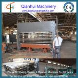 600t木製のドア薄板になる機械またはドアの皮の油圧熱い出版物機械または木ドアの出版物