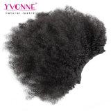 Clip crépu d'Afro brésilien dans la prolonge de cheveux humains