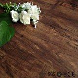 Plancia e mattonelle di plastica della pavimentazione di scatto durevole UV del rivestimento