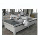 La Chine 1325 panneau en bois massif CNC Router Machine de traitement