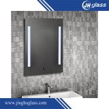miroir approuvé de la salle de bains DEL d'hôtel de la CE fixée au mur de 5mm