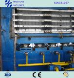 PLCの制御システムが付いている中国からの優秀なタイヤの踏面の加硫の出版物
