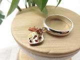 いちごの形の真鍮の銅を持つ女性のための吊り下げ式のローズの金張りのめっきされたリング