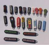 Logotipo de marca personalizada de forma diferente de goma suave silicona cremallera, tire de la cremallera de PVC Slider