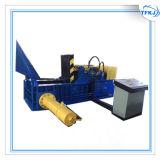 Volledige Het In balen verpakken van het Aluminium van het Afval van de Lopende band 400t Hydraulische Automatische Machine