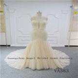 Stutzen-Säubern-Kleid der Plusgrößen-reizvolles V