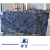 Azulブラジル上のホテルの装飾または台所または浴室の花こう岩または水晶のための青いバイアの花こう岩の平板カウンタートップか虚栄心の上