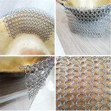 鋳鉄の鍋または鍋の洗剤