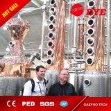 del rame 1000L sistema ancora con le attrezzature di distillazione della colonna della vodka e due colonne di riflusso