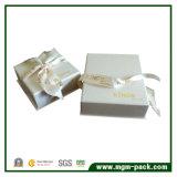 Haut de la qualité de l'emballage en bois blanc Boîte cadeau