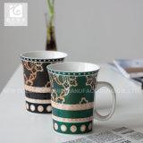 고객의 디자인 백색 바디와 가진 Evase 모양 11oz Liling 사기그릇 커피 잔