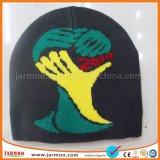 普及したサッカーは人のための帽子の帽子をリサイクルする