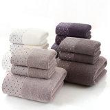 De zachte Badhanddoek met Streep, Verschillende Kleuren is Beschikbaar