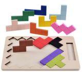 Kleurrijk assembleer het Houten Stuk speelgoed van het Onderwijs van het Spel van de Puzzel