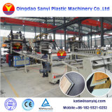 Eco Cliquez sur l'intérieur du système de SPC Ligne d'extrusion de la machine de planches de plancher