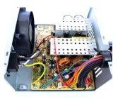 남성과 여성 시트를 가진 개장된 PC 전력 공급