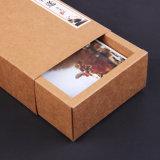Het Vakje van de Gift van de Lade van het Document van Kraftpapier van de Aard van de zon met Afgedrukt Embleem