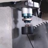 Il taglio di alluminio del doppio mitra capo di CNC ha veduto il portello della finestra di /Aluminum della macchina elaborare Machine