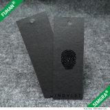 黒いペーパーこつの札の黒によって模造される光沢のコーティング