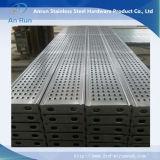 Проступи лестницы металла изготовления Perforated для скрежетать