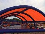Piscina gonfiabile con la tenda