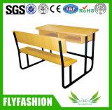 나무로 되는 두 배 학생 책상 및 의자 (SF-67A 2)