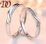 AAA zircones incrustaciones de venta al por mayor baratos Dubai 925 diseños de Tamaños de anillo de plata