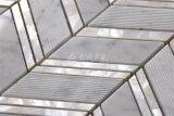 Weißes Frischwassershell-und Marmor-Mosaik