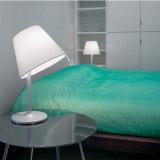 De witte Schemerlamp van de Stof van de Vorm voor de Slaapkamer van de Verlichting van de Lezing