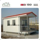 Derribar Casa para campamento minero/Trabajadores de la casa de alojamiento