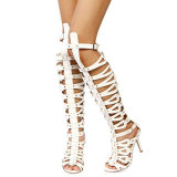 Mveは女性の腿の高く伸縮性があるきちんとしたブロックのかかとのブートに蹄鉄を打つ