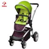 Baby-Wanderer mit dem Arbeitsweg-System einfach sich zu falten