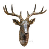 Parete della resina che appende la decorazione animale artificiale della testa dei cervi 3D