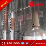 оборудование винокурни меди водочки 3000L с нагревательной рубашкой пара для пива обнажая и выпрямляя перегонную колонну