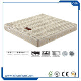 Materasso molle eccellente all'ingrosso del re Size Memory Foam Bed del fornitore con la molla Pocket