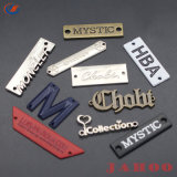 Marca Logotipo personalizado de metal de la placa de metal grabado con letras de la ropa de etiqueta del producto Etiquetas/Signos decorativos