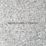 タイルの平板のペーバーのための自然な磨かれたか砥石で研がれた白い真珠の花こう岩