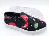 Enfants de chaussures d'injection de chaussures occasionnelles de chaussures de toile de Slip-on de Hotsale (ZL1017-5)