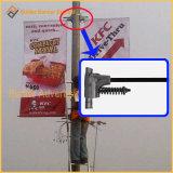 Via Palo del manifesto che fa pubblicità al fissatore del manifesto (BT06)