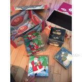 El brillo jerarquizado Minis cuadrado redondo de los rectángulos de regalo de la Navidad acentúa diseños populares