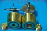 ベアリングは高い耐久力のあるポリウレタンガイドの車輪を動かす