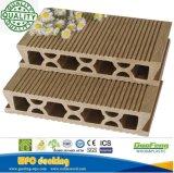WPC impermeable al aire libre compuesto de enclavamiento techado