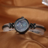 Form-Uhr ODM-Geschenk-Frauen-Armbanduhr (Wy-022D)