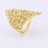 18K het goud plateerde de Duidelijke In het groot Juwelen van de Ring van de Partij Zircon