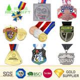 Medaglie mezze di maratona di disegno del metallo di marchio su ordinazione poco costoso unico di Debossed con il prezzo competitivo