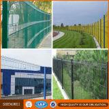 PVC上塗を施してあるボーダー緑によって溶接される庭の金網の塀
